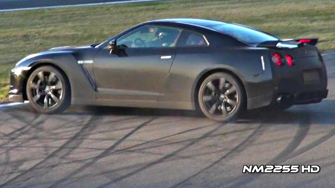 Nissan GT R R35 Loses Control On Track!!   YouTube