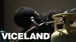 Making Weed Concentrates in an Underground Lab: WEEDIQUETTE (Clip)