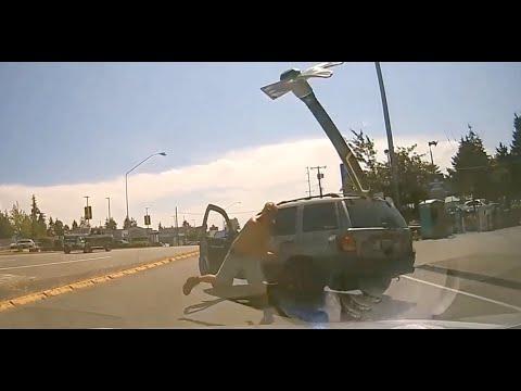 Enraged motorist hurls hammer through someone else's windshield | Road rage caught on camera