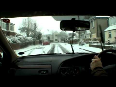 Snow hits Bristol, England