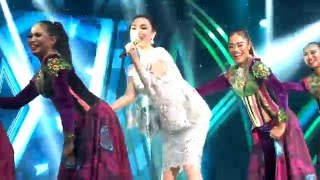 Zaskia Gotix-1 Jam Saja ,d'academy Asia 12122015