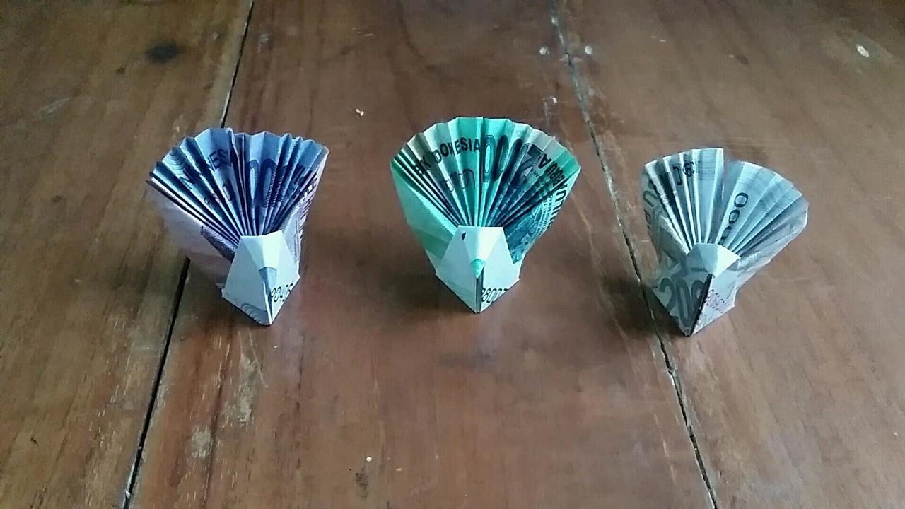 Origami burung  merak  dari  uang kertas  YouTube
