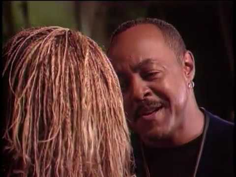 Peabo Bryson & Roberta Flack - As Long As There's Christmas (1998)