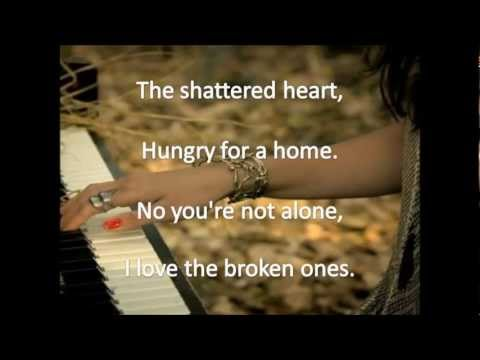 Dia Frampton - The Broken Ones [Lyrics On Sceen]