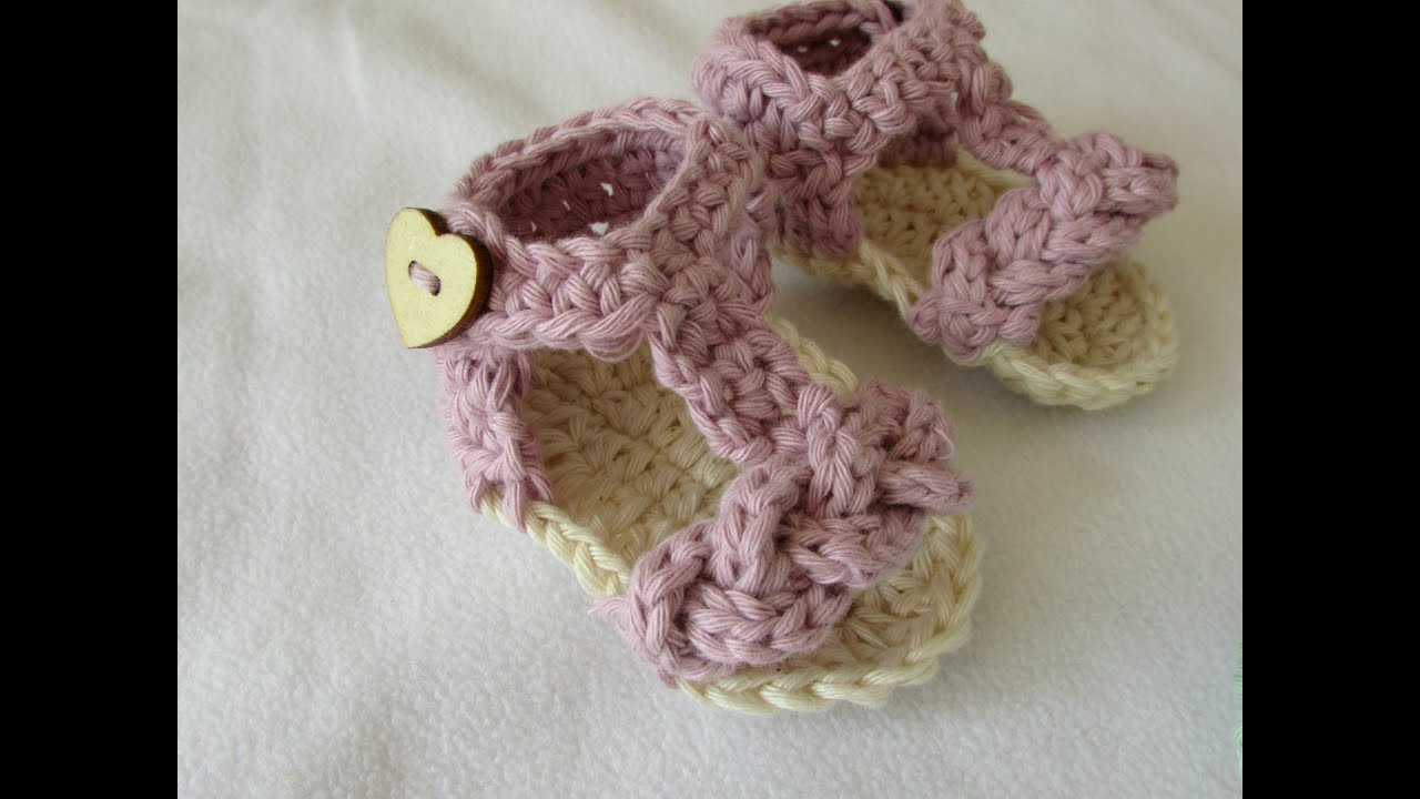 a6446218d157 How to crochet pretty baby summer sandals   shoes - YouTube