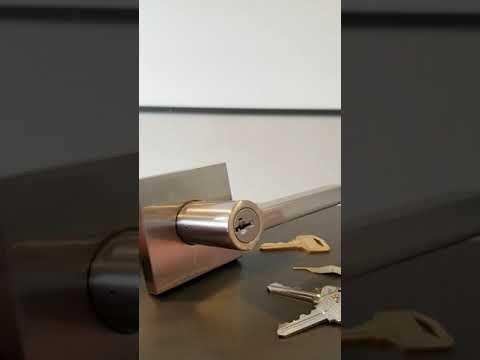 How to rekey a Kwikset SmartKey lock