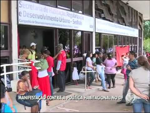 Grupo dos Sem-Teto invade prédio da Codhab
