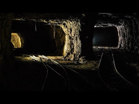 Giant Abandoned Iron Mine: DEEP UNDERGROUND EXPLORATION - Urbex Lost Places Luxembourg