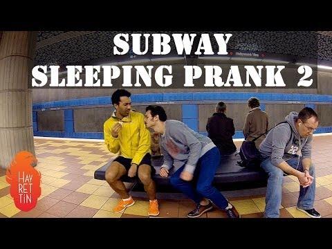 Hayrettin Ve Sam Pepper'dan Metroda Uyuma Şakası!