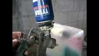 Нанесение пены на стены(Таким способом нанесения пены, можно не только утеплить но и обезшумить ., 2013-02-01T15:51:23.000Z)