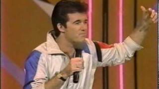 """Alan Thicke Sings """"Sweaty and Hot"""""""