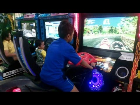 Entertainment Center | Ratana Plaza Shopping Mall | All kinds of games | Cloth
