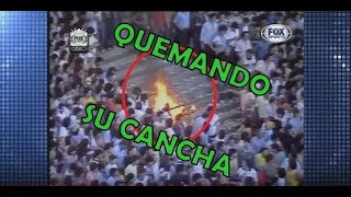 Hinchas de Boca QUEMANDO y DESTROZANDO su estadio