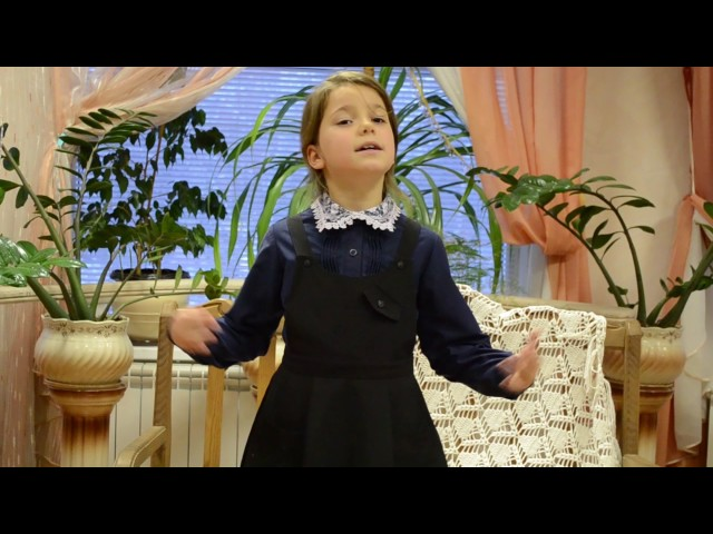 Изображение предпросмотра прочтения – Лилия НиколаевнаНестерова читает произведение «Лебедь, Рак и Щука» И.А.Крылова