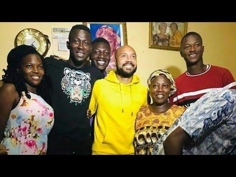 Syli National - ALY KEÏTA (gardien) retrouve sa famille en Guinée grâce à la sélection guinéenne !
