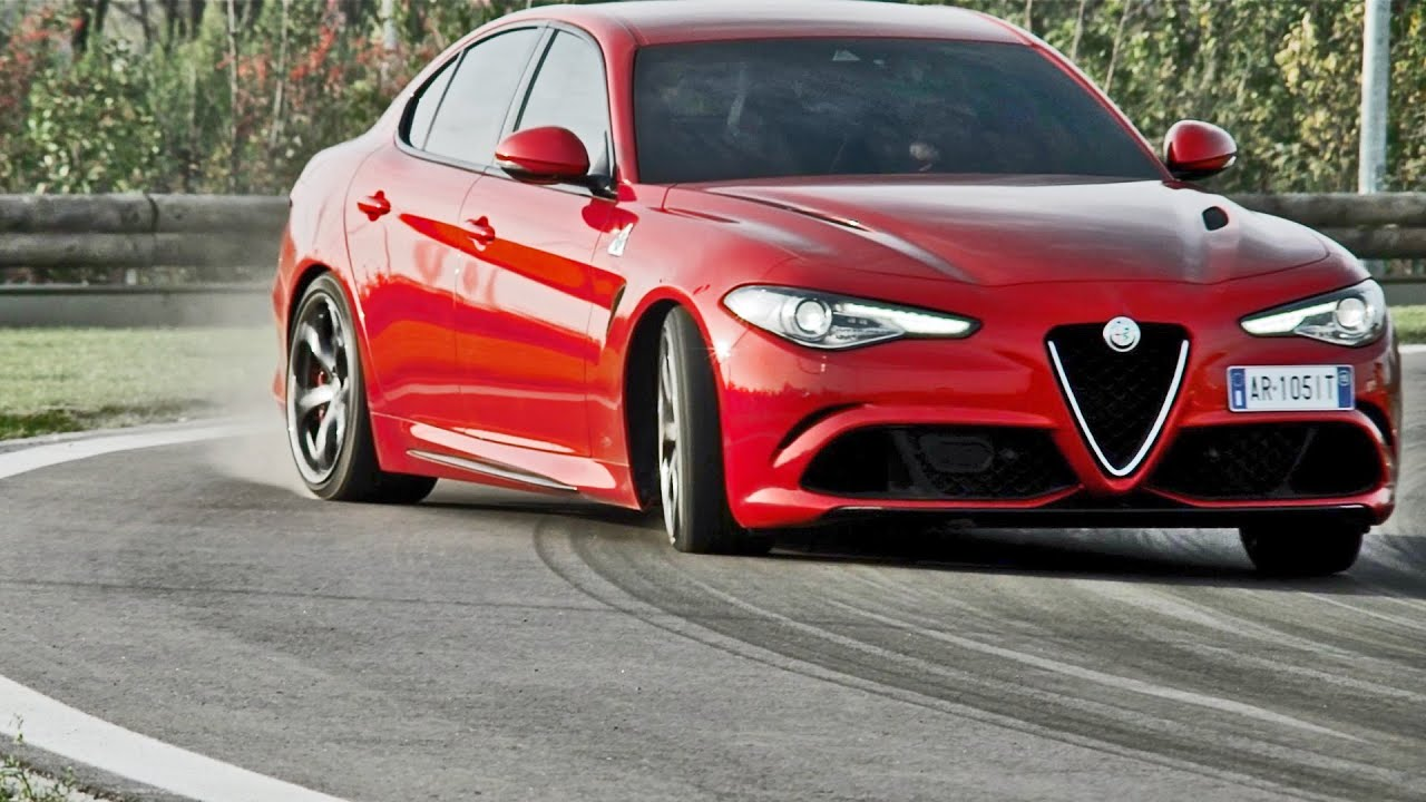2016 alfa romeo giulia 510hp on track youtube. Black Bedroom Furniture Sets. Home Design Ideas