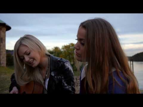 Julie Bergan & Astrid Smeplass - Undressed (Kim Cesarion Cover)