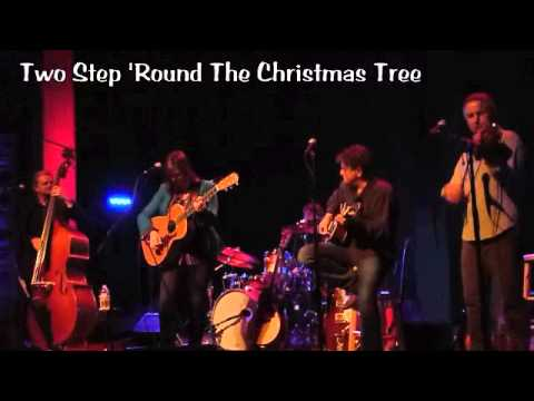 Suzy Bogguss Two Step Round The Christmas Tree Youtube