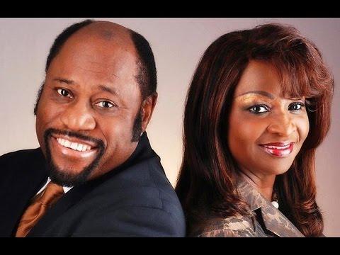 MYLES MUNROE spoke of his death at JKL show, Dr. Munroe dies in plane crash in Bahamas