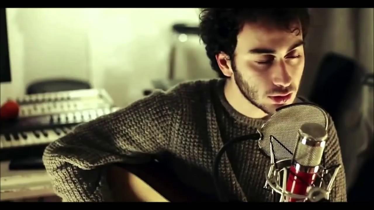 Yüzyüzeyken Konuşuruz - Esen (Lyric Video) Akustik Travma #1