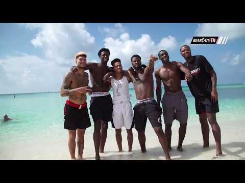 Cincinnati Bearcats Basketball in the Cayman Islands: Beach Time