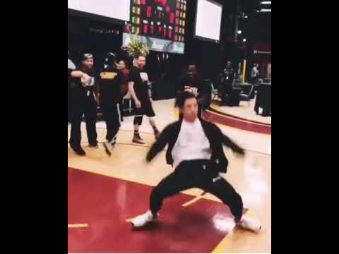 Vương Hạc Đệ - Dylan Wang dance Freestyle so cool