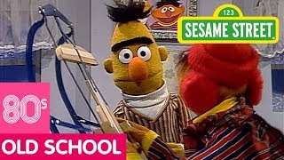 Sesame Street: Bert Wants to Play a Game