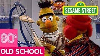 Sesame Street: Bert Wants to Play a Game