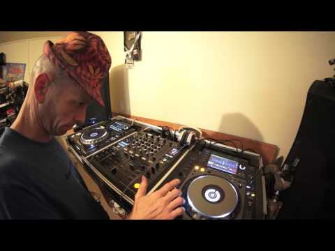 DJ LESSON ON MIXING DEEP HOUSE AND ADDING SOME NATURAL EFFECTS BY ELLASKINS THE DJ TUTOR