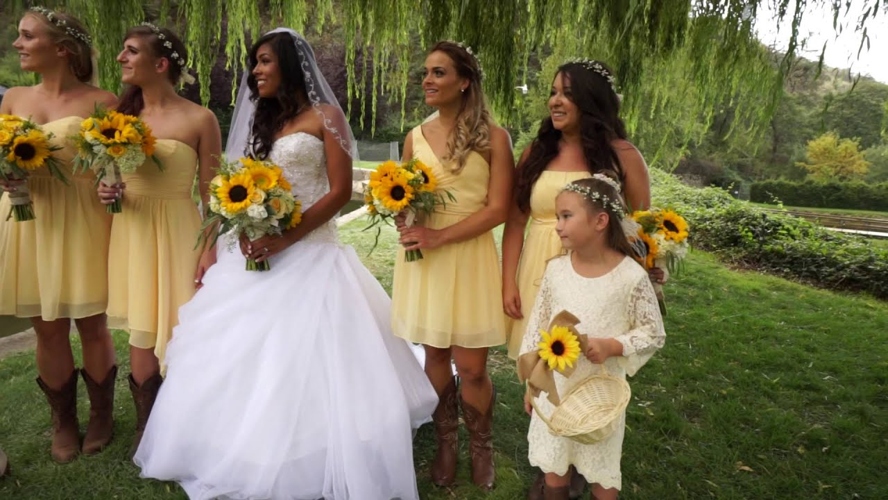 Aaron and Hannah\'s Secret Garden Wedding - YouTube