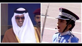 الطفل الذي رسم الابتسامة على وجه أمير قطر