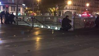 """Panique à Paris - """"Énorme mouvement de foule"""" sur la place de la République"""