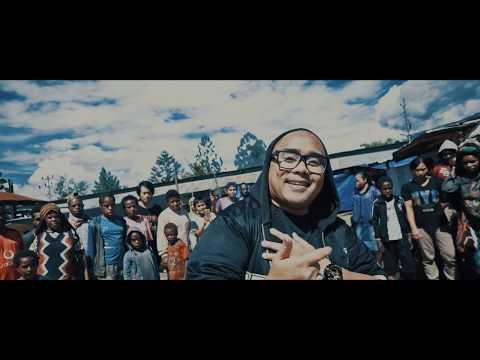 BUKALAH HATI (remake)  #BERANIMIMPI untuk Papua  (Saykoji, Monita Tahalea & GABY)