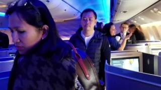 united airlines boeing 777 300er cabin economy and polaris business class