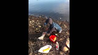 Клюёт!!!-Видеохостинг-YouTube