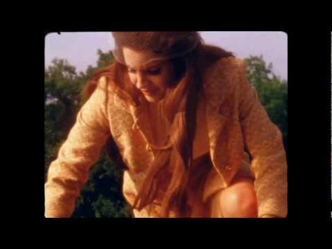 """LANA DEL REY - """"I STILL LOVE HIM"""""""