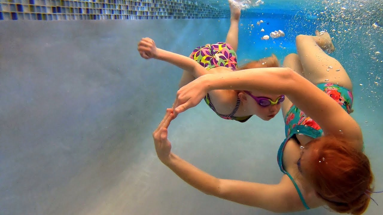 Underwater Tricks In The Swimming Pool Youtube