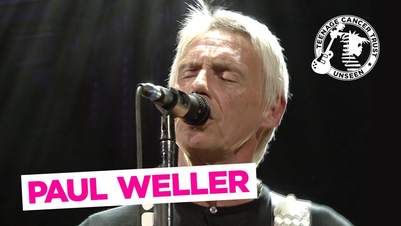 Man In The Cornershop - Paul Weller Live