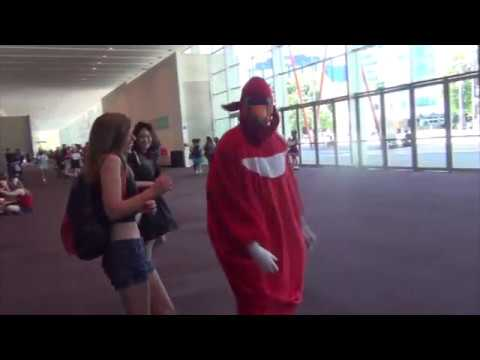 Real Life Uganda Knuckles Takes Over A Con