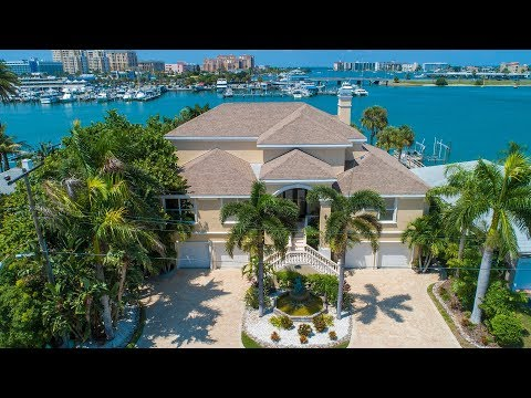 162 Devon Dr. Clearwater Beach FL - Waterfront Real Estate For Sale