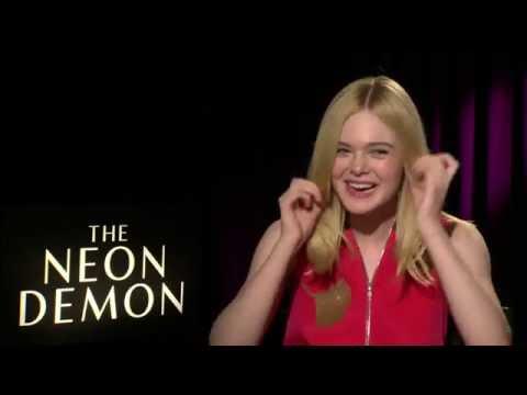 The Neon Demon Interview - Elle Fanning