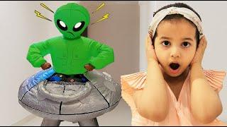 الرجل الأخضر غاضب من أميرة وميادة