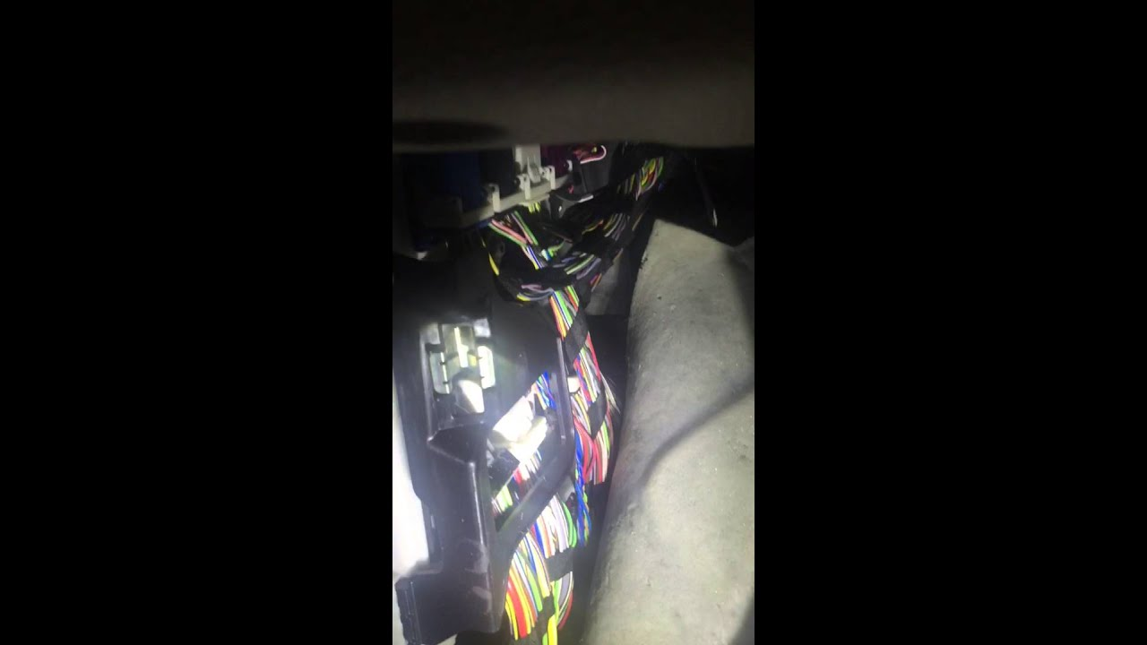 small resolution of bmw x5 f15 front fuse box location