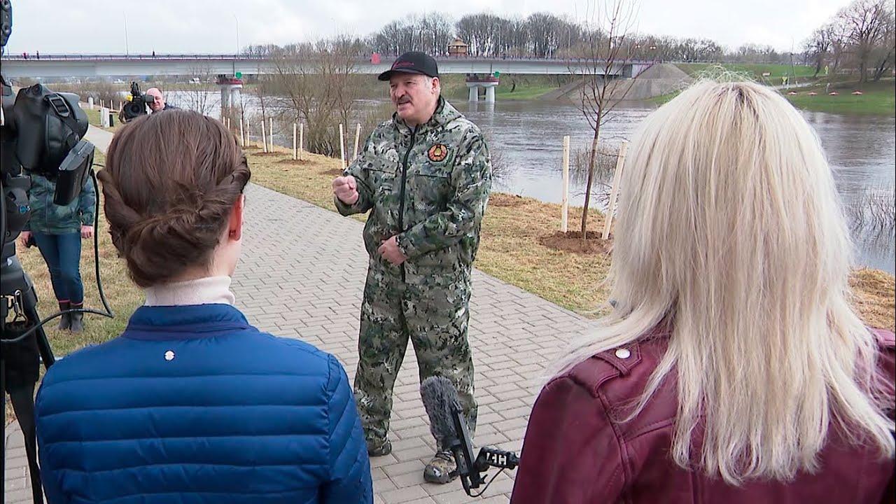 Лукашенко: Путин задал этот вопрос! Бульканье – и ни одного ответа!