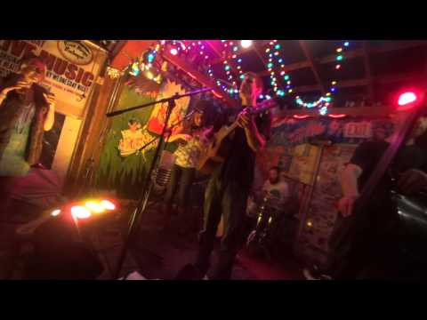 Woodshed Red plays Pink Floyd Medley, The Who, Louis Armstrong, Gnarls Barkley