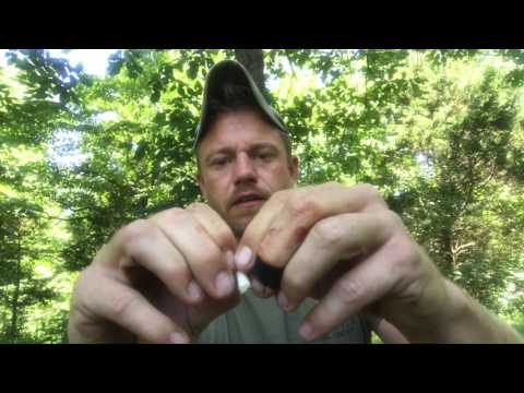 Review of the Wazoo Survival Gear Mountaineer Bracelet