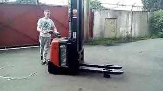 Электро штабелер BT SPE160L на складе в Киеве!(, 2016-05-31T09:37:18.000Z)