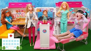 Hanemari Play Barbie Care Clinic Vehicle dolls toy はねまりチャンネ...