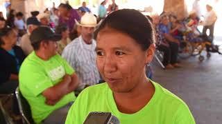 Reciben habitantes de Yécora apoyos para la vivienda y obras de parte de la Gobernadora