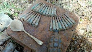 Коп по войне Интересные находки!!!. Секрет закопаного ящика. Фалеристика, монеты